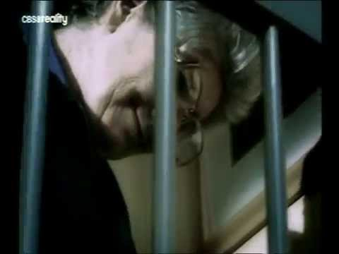 Vyšetřovatel: Kdo žije za zdí -dokument