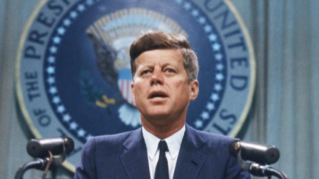 Americké století: 06. JFK – na pokraji zkázy -dokument