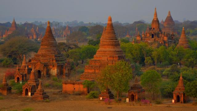 Barma, země tisíce pagod -dokument