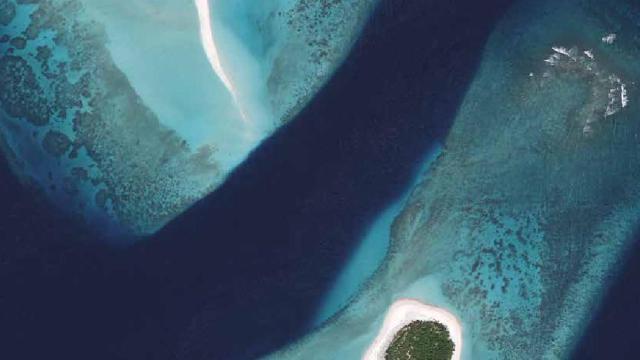 Útěk na Maledivy -dokument