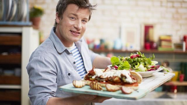 Jamie Oliver – Roztančená kuchyně: Jamie a holky od fotbalu -dokument