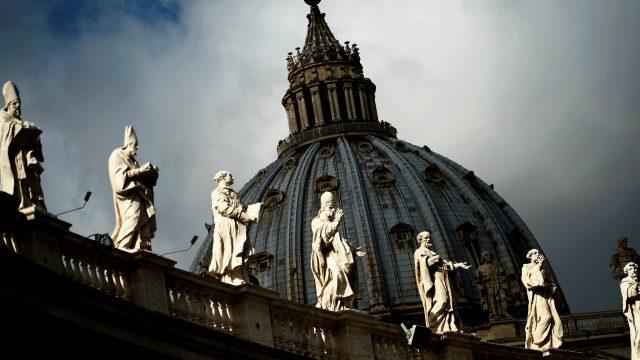 Na hraně skutečnosti / Konspirace – část 8: Vraždy ve Vatikánu –dokument