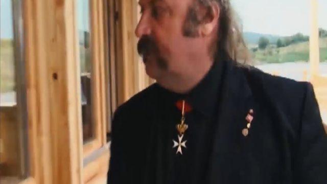 Mafiáni 2 – Súmrak bossov / časť 6: Mikuláš Vareha, rytier von DPH  -dokument