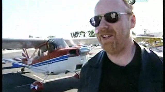 Bořiči mýtu: Pomačkané letadlo -dokument