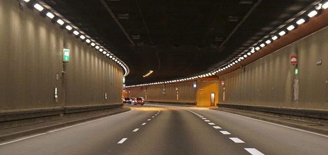 Extrémní řešení / díl 4: Tunely -dokument