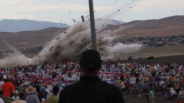 Letecké katastrofy: Smrtící závod -dokument